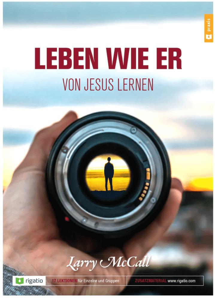 "Titelbild Kursmaterial ""Leben wie er"" Mann vor Sonnenuntergang"